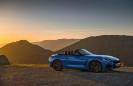 BMW Z4, 2019, side