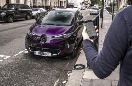Renault Zoe, 2018, roadside charging