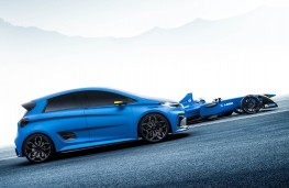 Renault ZOE e-sport concept with Formula E car