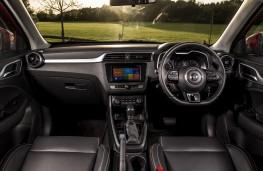 MG ZS, interior