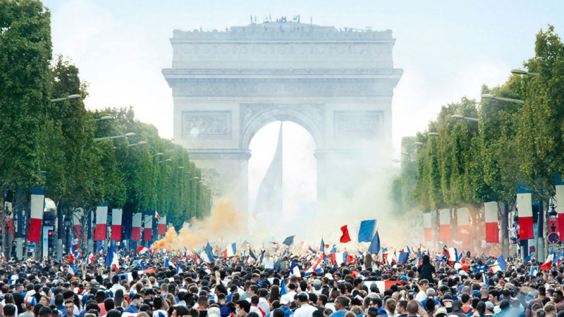Which French film, directed by Ladj Ly and nominated to the Oscars, is inspired by the riots of 2005 in the Paris suburbs?