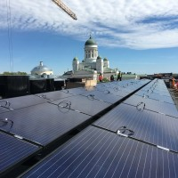 Sähköpalvelu Kipinä - aurinkopaneelit_tuomiokirkko.jpg