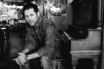 Helicopters for Heroes presents Casey Donahew