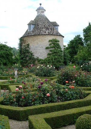 Oxfordshire and Buckinghamshire Gardens Trusts Summer Social at Rousham