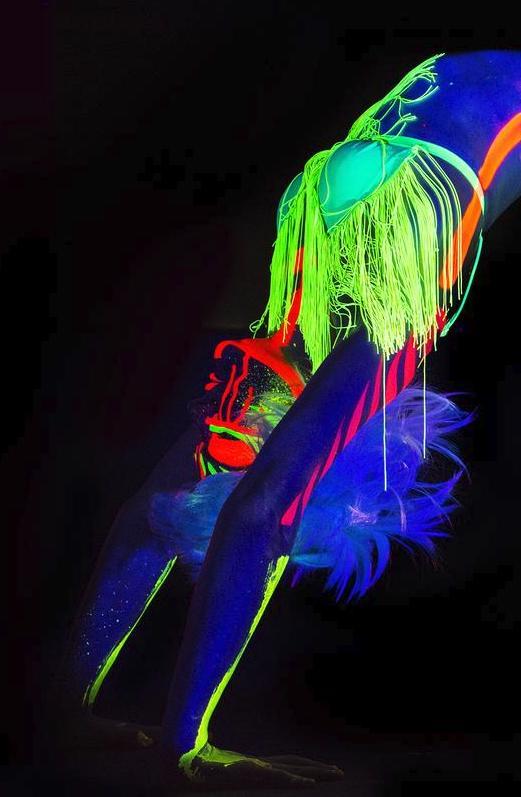 Neon Naked Life Drawing!