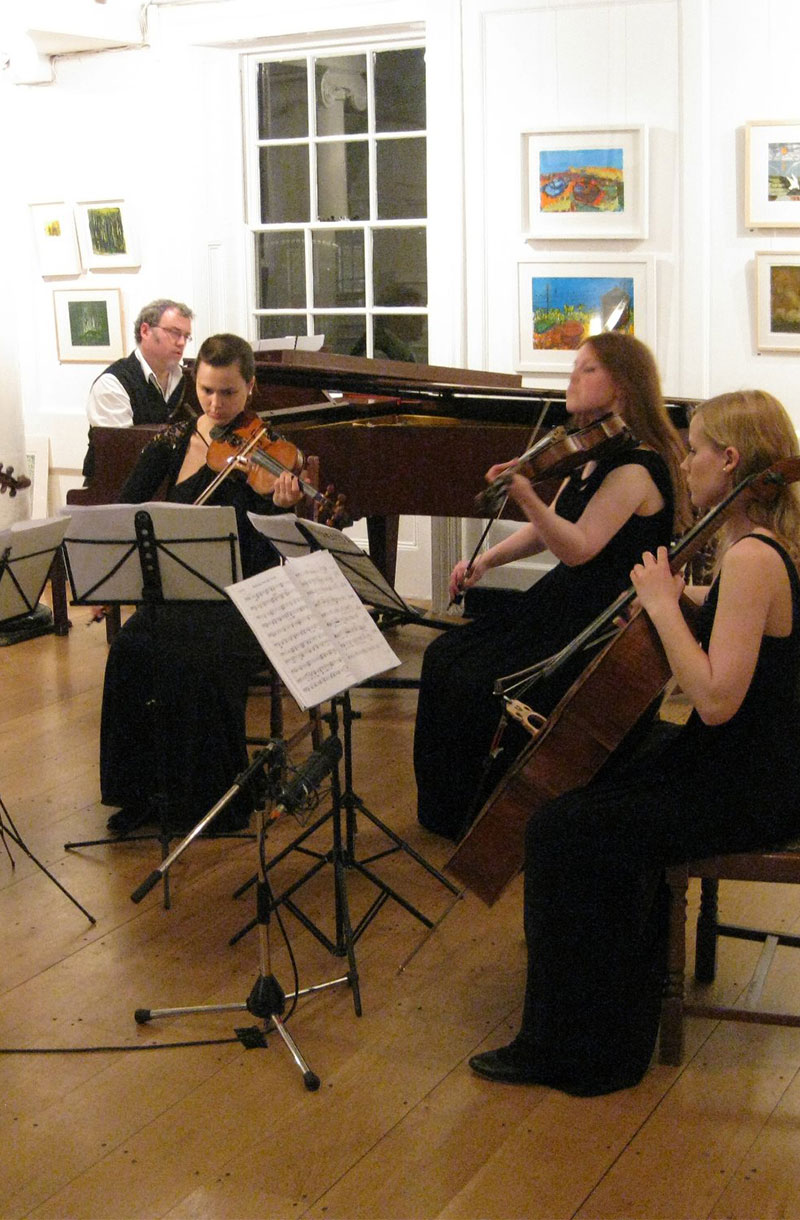 Cafe Lunchtime Concert
