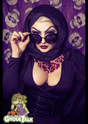 Art Macabre Death Drawing: Camp Vamp Blood Bath with Mynxie Monroe