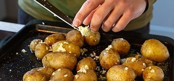 Try our smashed potatoes recipe, the perfect side dish recipe for our organic beef steaks