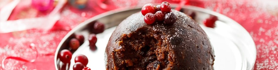 Round off your Christmas dinner with the finest organic Christmas pudding, mince pies and chocolates