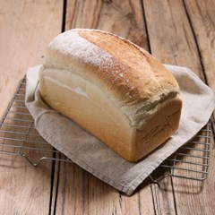 Baker Tom's, White Loaf, Tin | Organic Bread