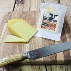 Ashdown Foresters - Oak Smoked | Organic Cheese