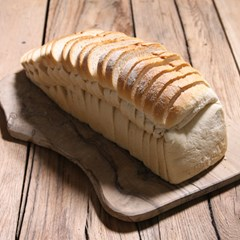 Organic sliced white loaf