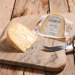 Wyfe of Bath Cheese | Organic Cheese