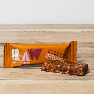 Truly Juicy Apricot & Almond Bar