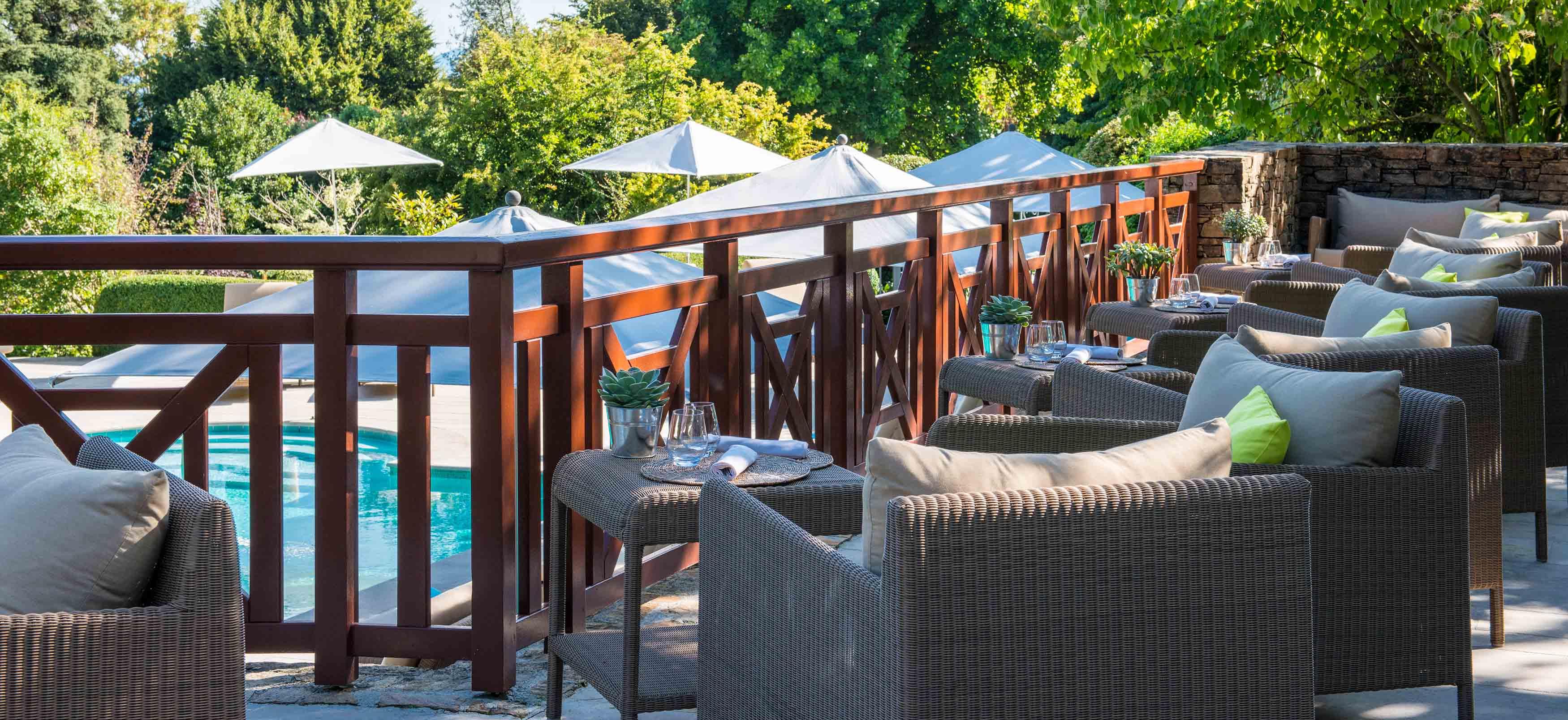 À 4 Bar Étoiles Chaise Evian De Piscine La Longue Hôtel Ermitage X8wOnN0Pk