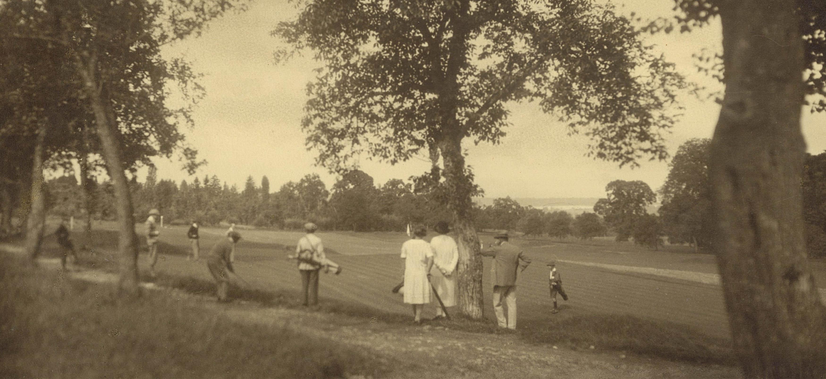 """Résultat de recherche d'images pour """"evian golf club old pictures"""""""
