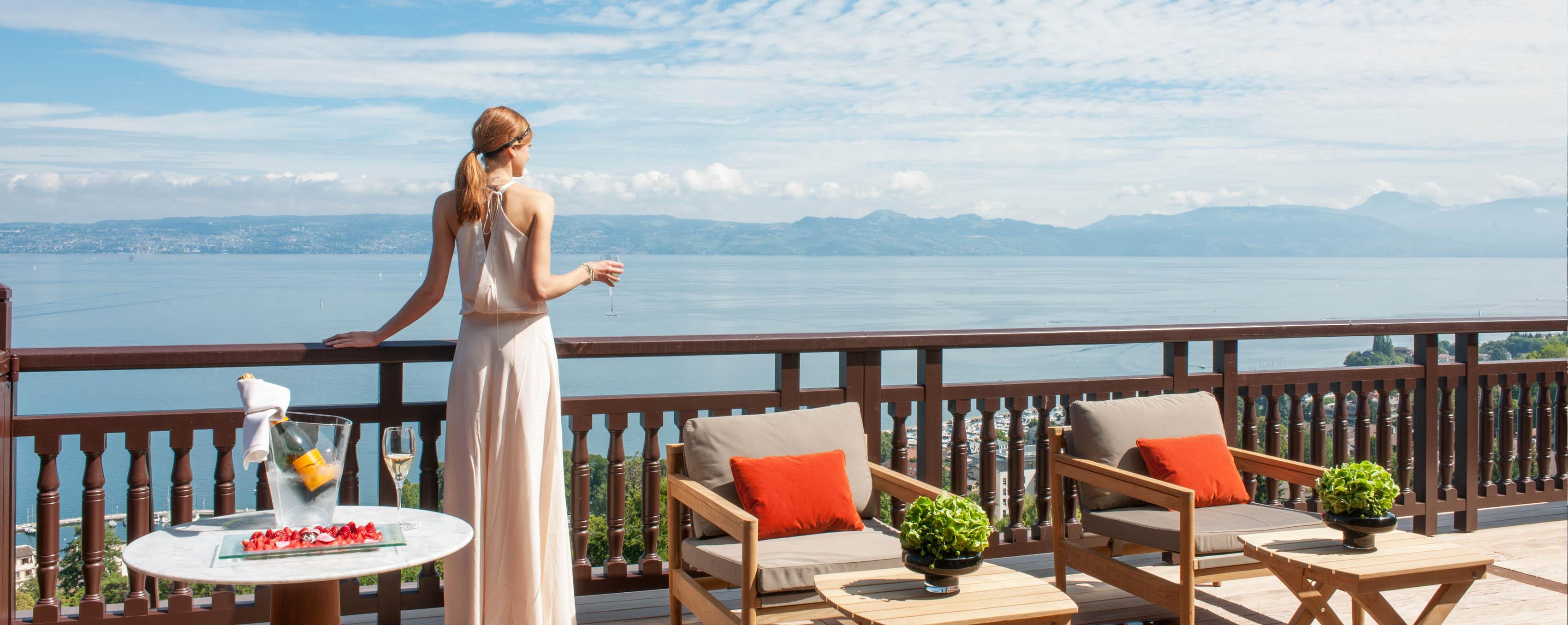 Palace 5 étoiles EVIAN, Luxe au bord du Lac Léman - Hôtel Royal