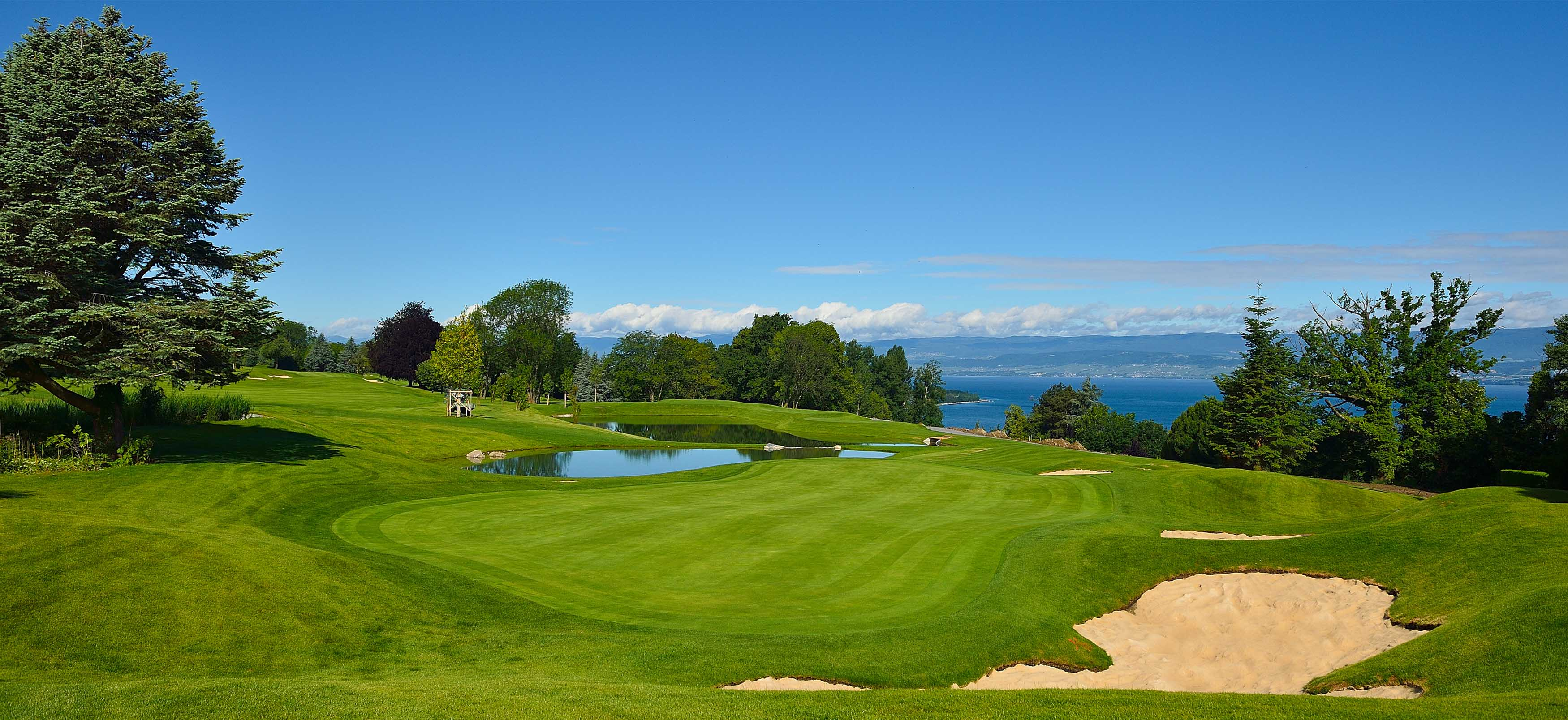 golf evian le parcours de l evian resort golf club evian resort. Black Bedroom Furniture Sets. Home Design Ideas