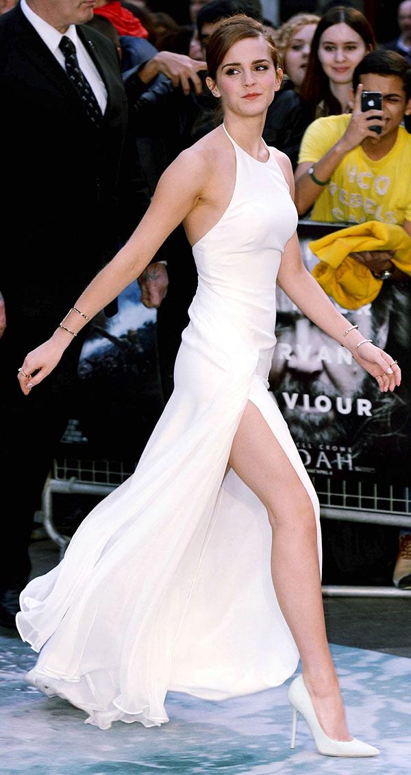Even slimline Emma Watson reaches for the Spanx from time ... эмма уотсон инстаграм