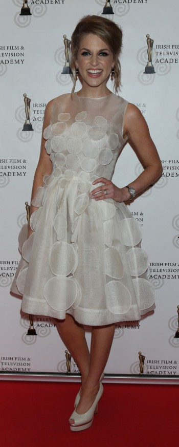Amy huberman day after wedding dress