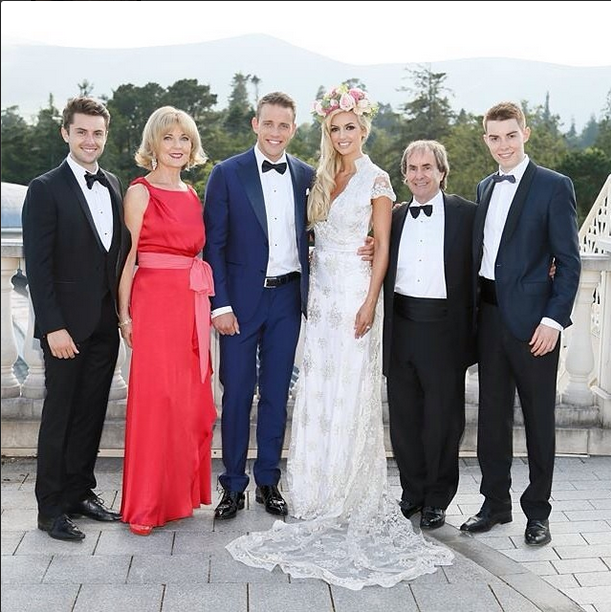 Celebrity Wedding Dresses Ireland : But qualified nutritionist davison the daughter of lady in red singer