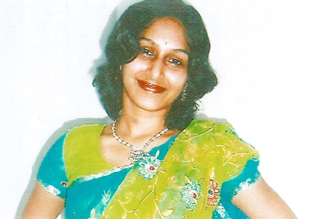 Dhara Kivlehan