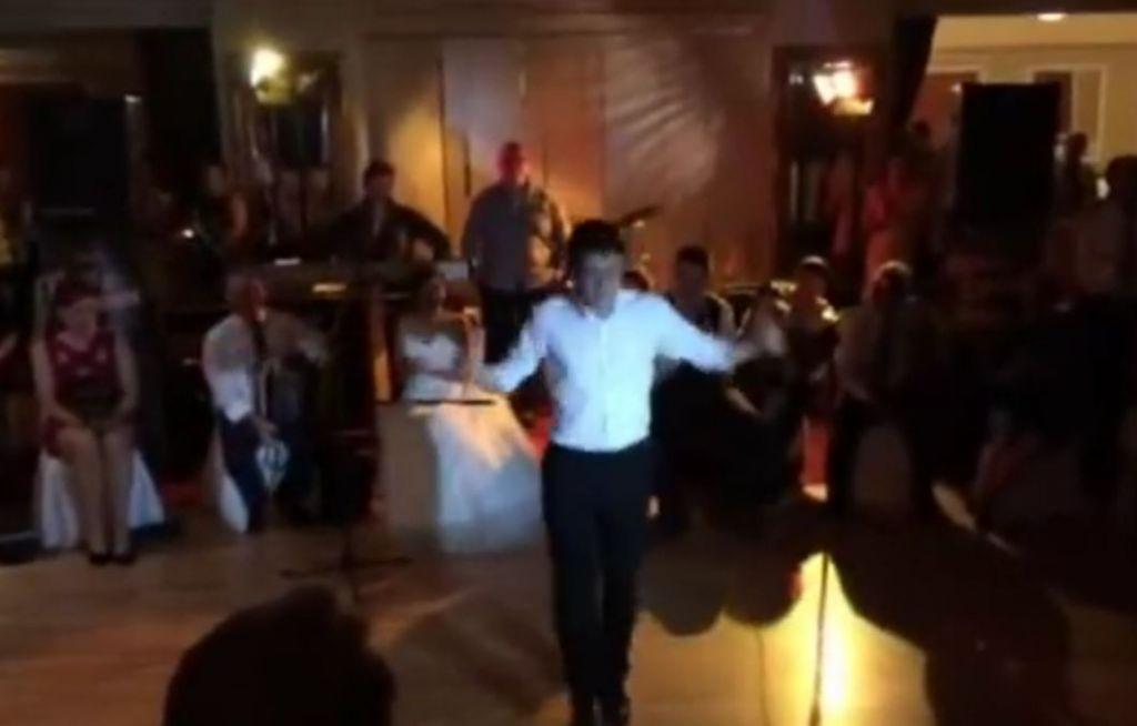 IRISH Wedding Guests Stunned By Irish Dancing Superhoofer