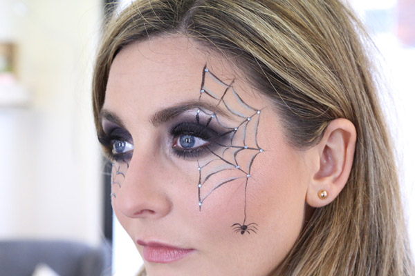 [VIDEO] Halloween Makeup How To -- Create A Spooky Sext Look With Products You Have