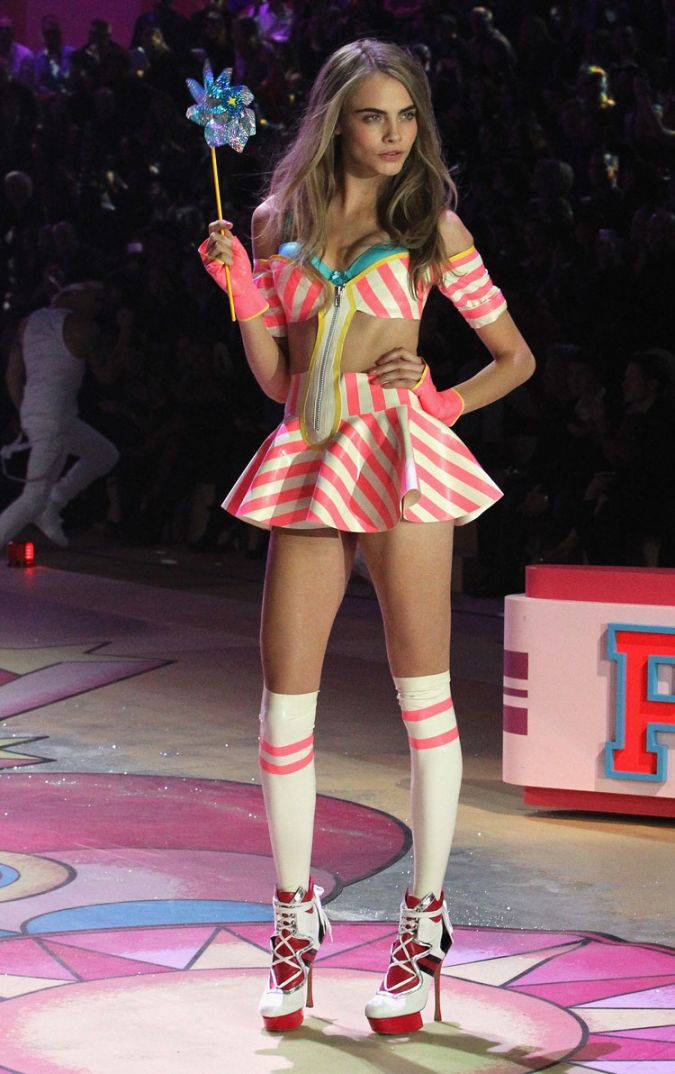 Top 10 Victoria's Secret Fashion Show looks of all time Alessandra Ambrosio Outfit