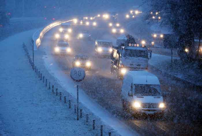 Further snowfall expected tonight in Ulster and Leinster