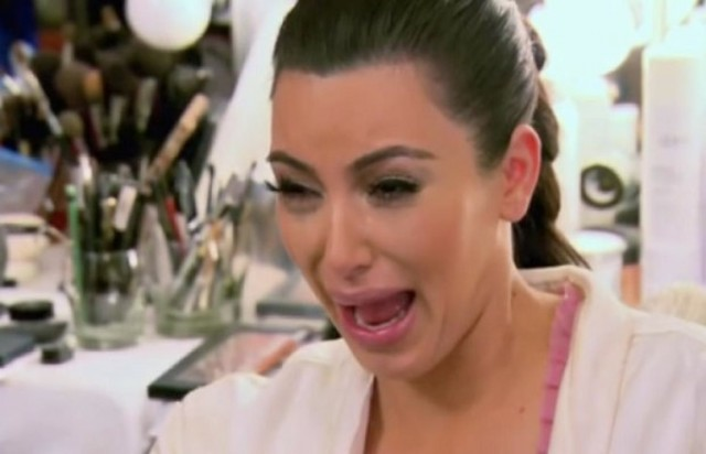 Discucion sobre otros foros - Página 13 Kim-kardashian-crying-funny1-640x412