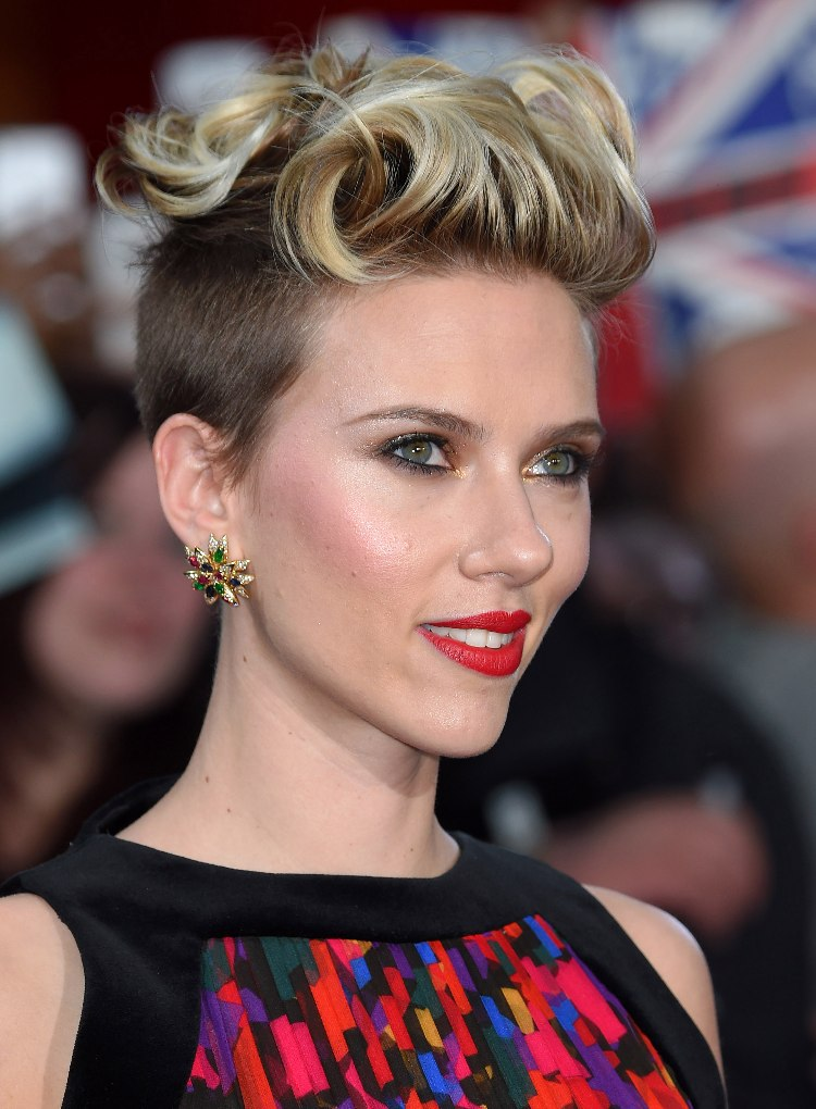 Scarlett Johansson Hair - How To Copy Her Style Scarlett Johansson