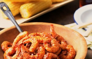 Low-calorie Cajun style recipe with prawns and charred corn on the cob