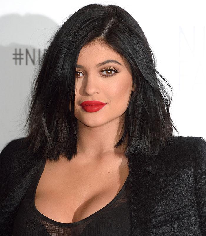7 fierce traits of women who wear RED LIPSTICK