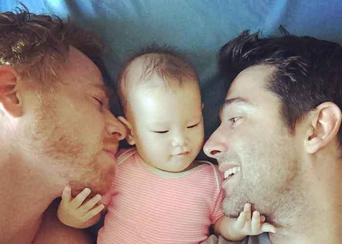 Bring Carmen Home : Gay Surrogacy Nightmare In Thailand