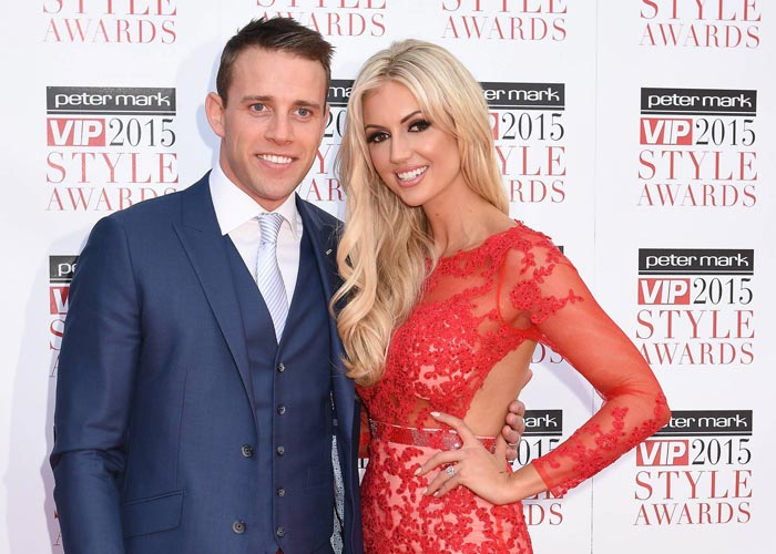 Wez bought Rosanna's sparkler from
