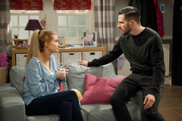 are debbie and david from emmerdale dating Emmerdale favourites charley webb and matthew wolfenden who play emmerdale's debbie dingle and david countdown star carol vorderman spills all on dating.