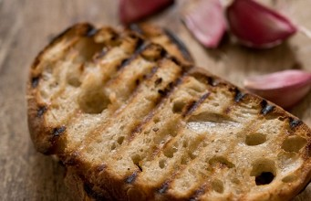 Quick Grilled Garlic Bread