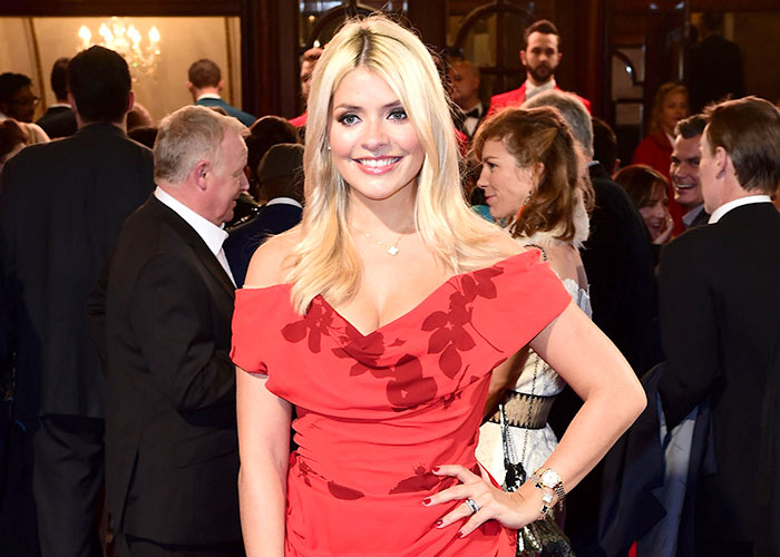 AD188446499Holly-Willoughby-1