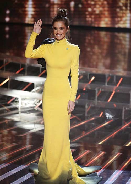 Cheryl opted for an eye-catching canary yellow dress for the results show