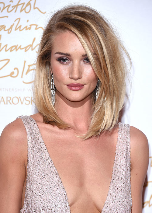 A lob like Rosie's is the perfect way to add volume to flat hair