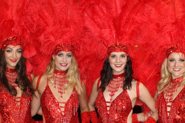The Sparkling Showgirls