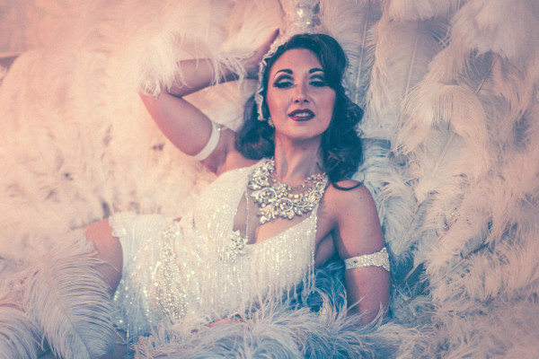 Classic Feather Burlesque