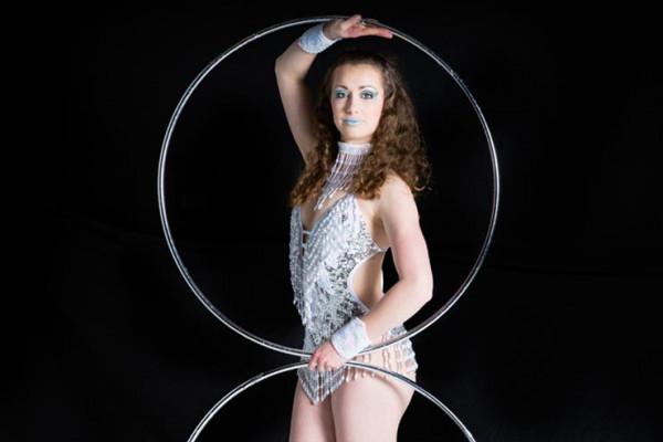 Hula Hoop Showgirl