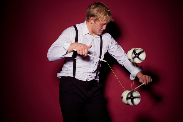 Circus Diabolo Juggler