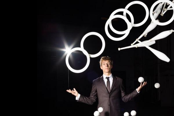 Juggling Comedian
