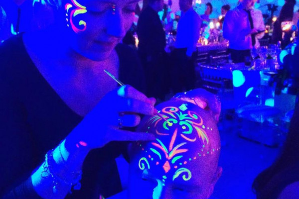 Neon Face Painter