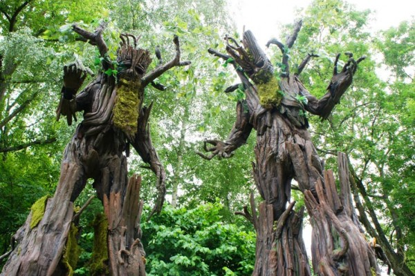 Tree Stilt Walkers