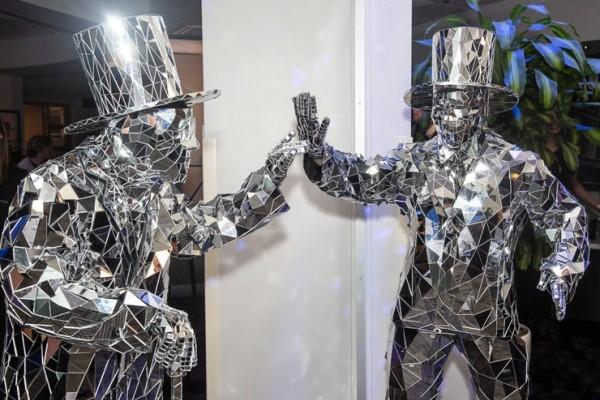 Mirror Men