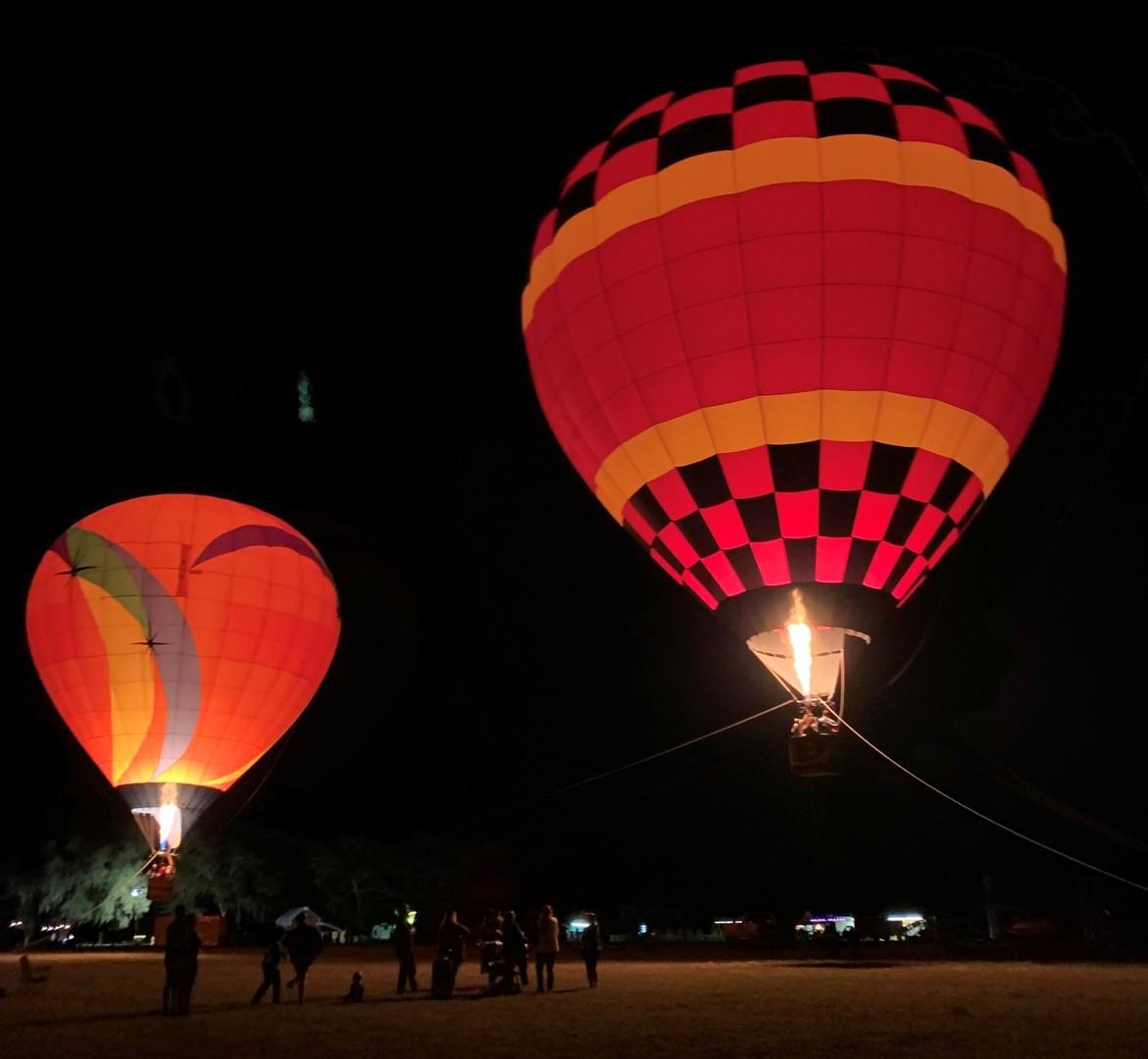 Light Up East Ridge Balloon Glow